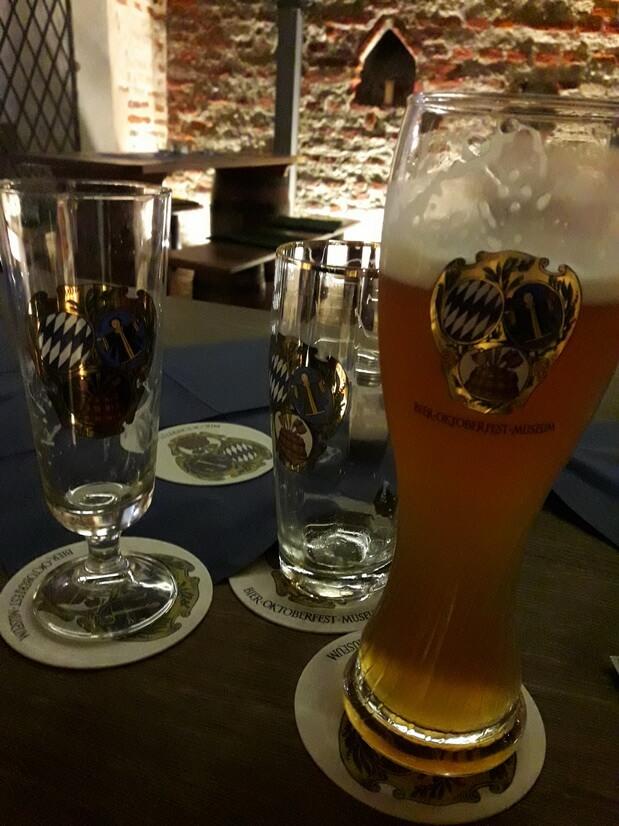 Пиво в музее пива и Октоберфеста - самое недорогое в Мюнхене