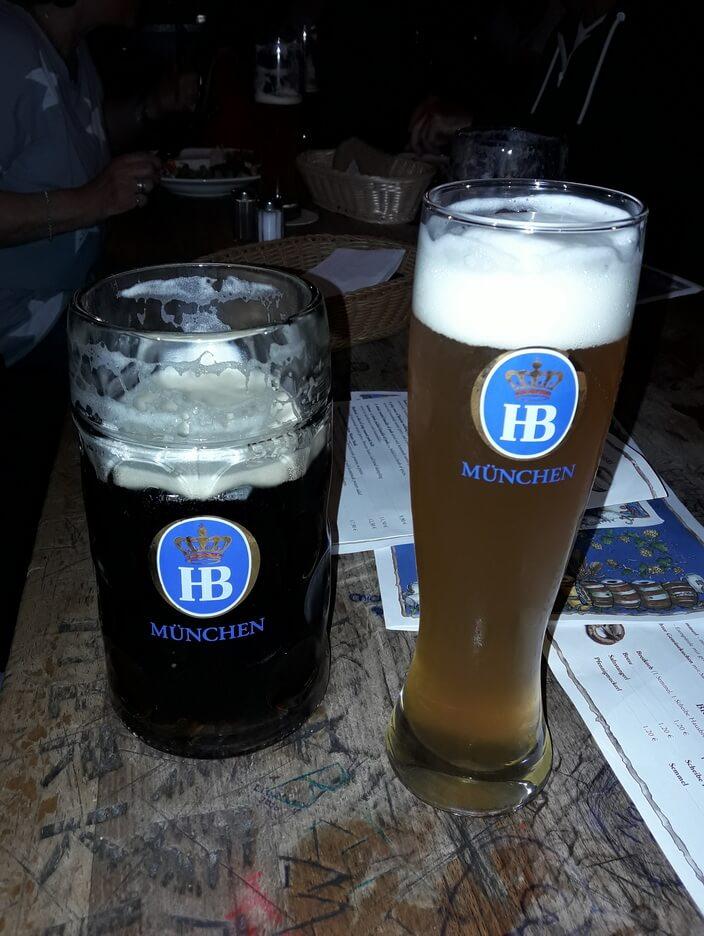 Пиво в Хофбройхаусе