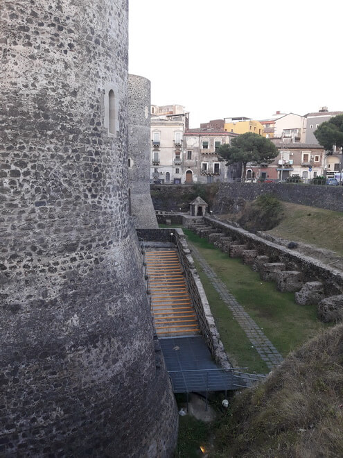 Замок Урсино Катания