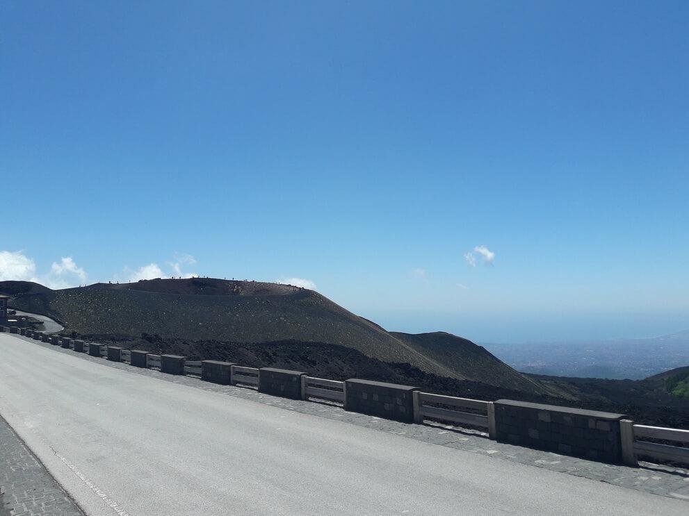 Боковой кратер Этны