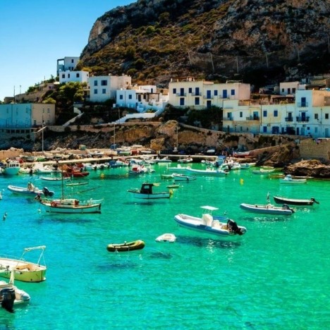 How to find the cheapest flight to Sicily