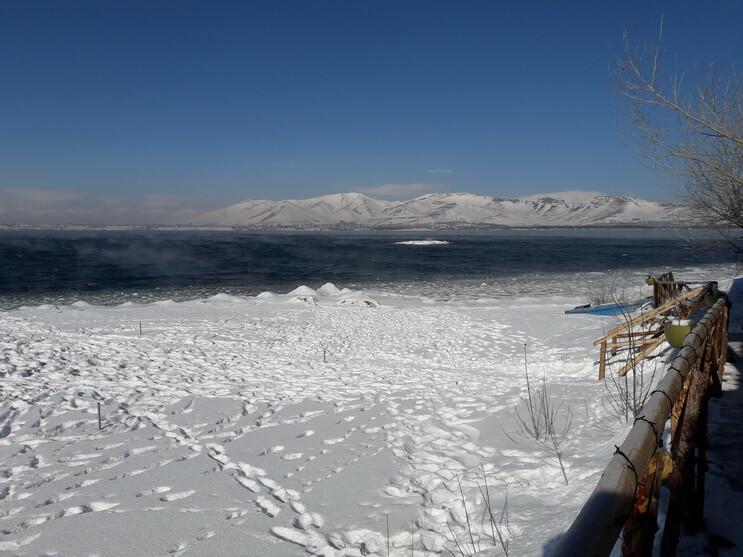 фото озеро севан ереван