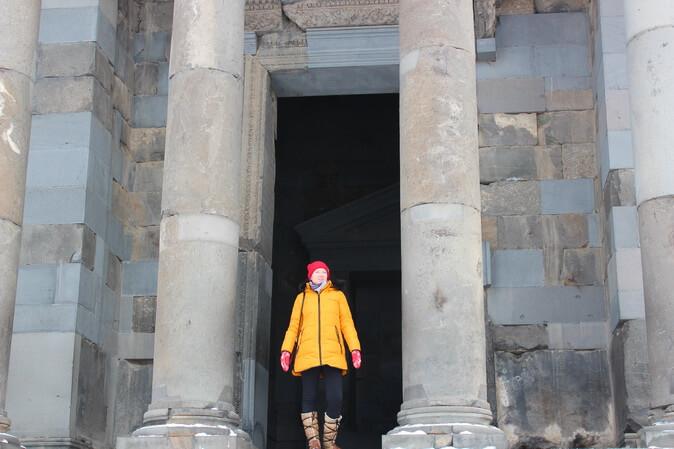 колонны храма гарни