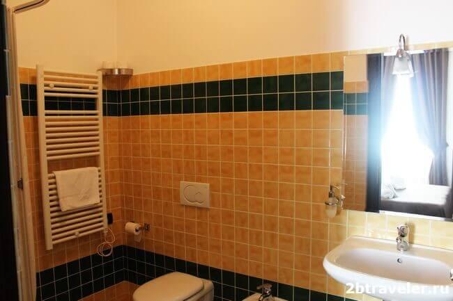 ванная в отеле шопен