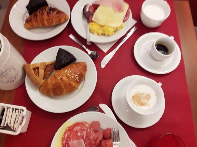 завтраки в dock milano hotel