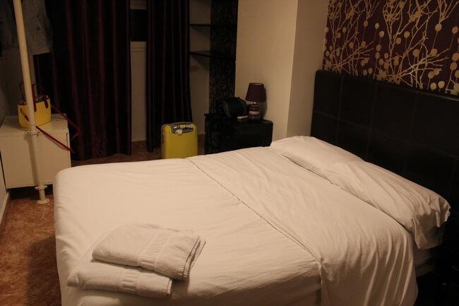 комната в hostel el cid