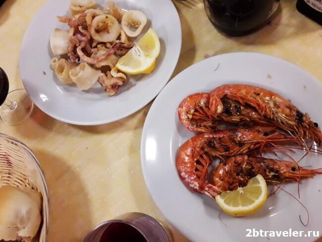 кальмары и креветки в ресторане марио