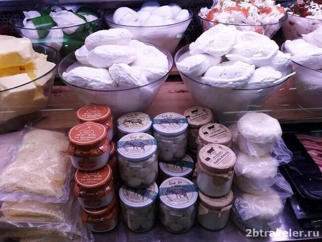 сыры на mercado central