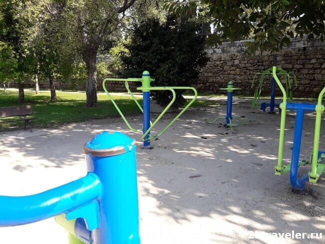 тренажеры в садах турии