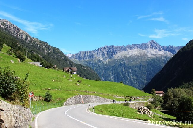 roads in the alps