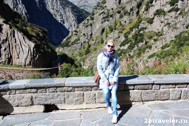 памятник суворову и мост дьявола в швейцарии