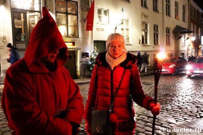 экскурсия в таллине с красным монахом