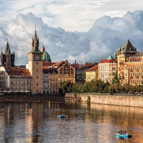 20 отелей в Праге: где остановиться и как забронировать отель