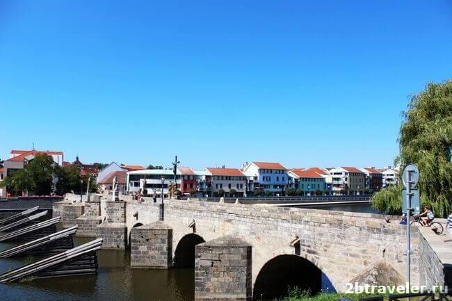 каменный мост писек