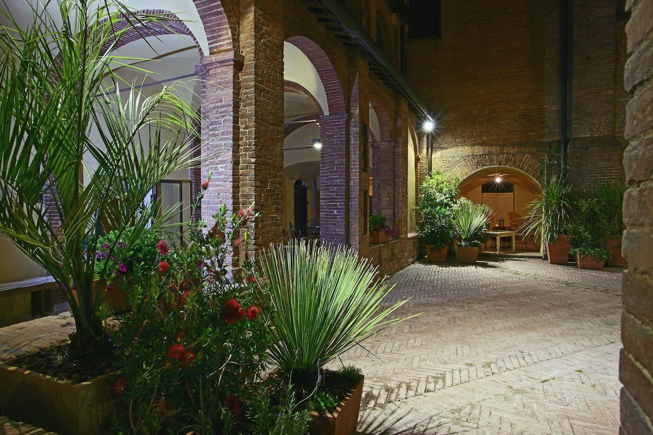 Il Chiostro Del Carmine забронировать отель в сиене