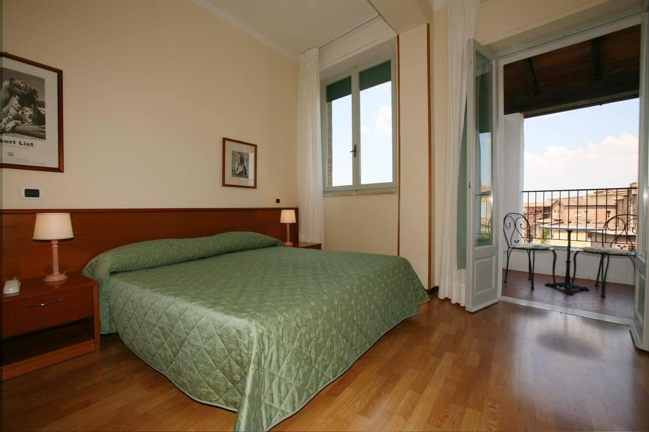 Hotel Duomo забронировать в сиене