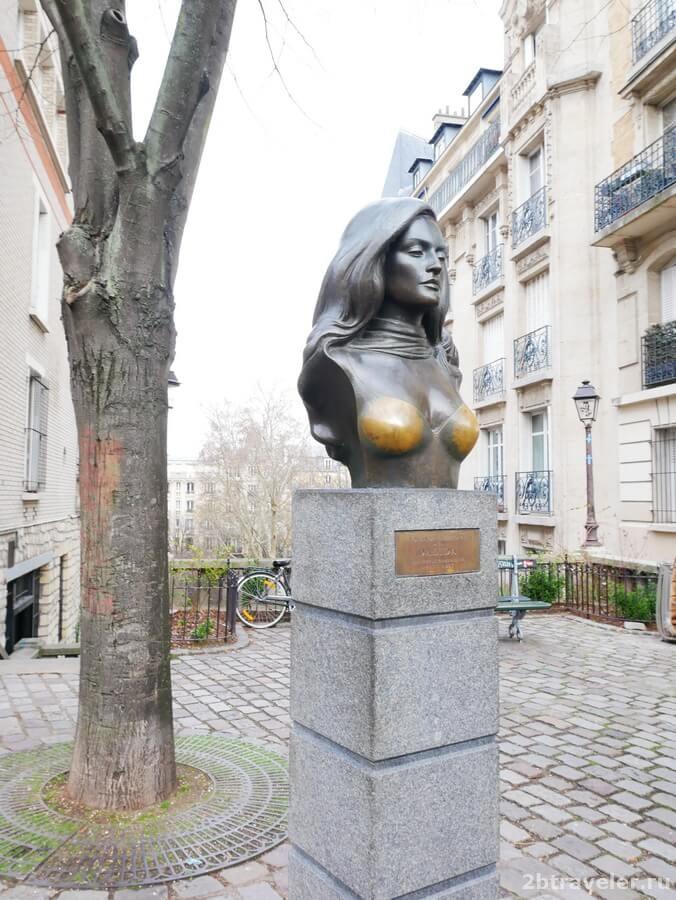 памятник далиде на монмартре