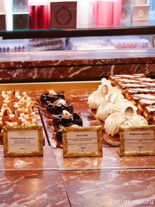 что попробовать в париже из десертов
