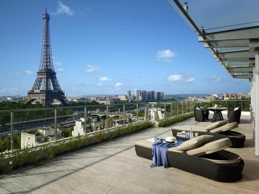 отели парижа с видом на эйфелеву башню