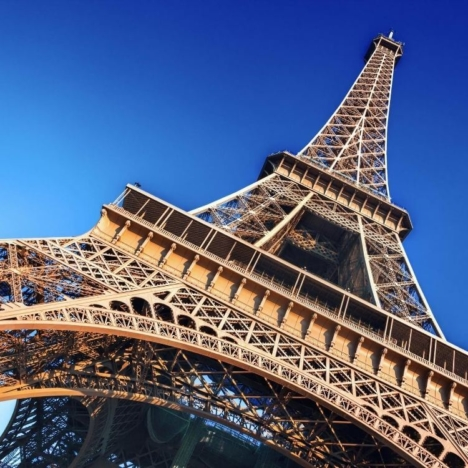 Montmartre in Paris: the best attractions, restaurants and excursions.